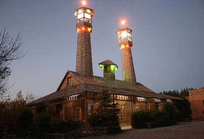 The only mosque that resists earthquakes up to 8 Richter