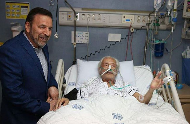 Artists and Politicians visit Jamshid Mashayekhi in Hospital