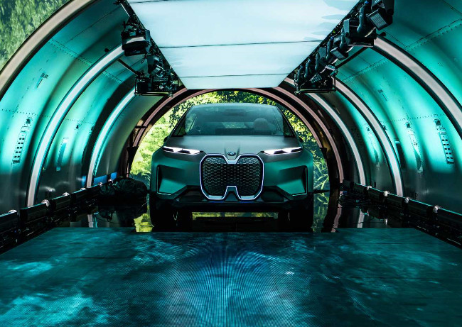 BMW Presents The Future Electric Vision iNext 2021