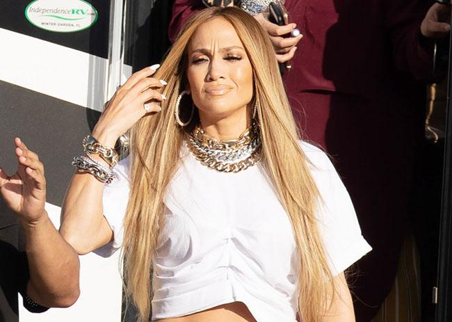 Jennifer Lopez Turns Heads in Low-Cut Grey Pants Featuring