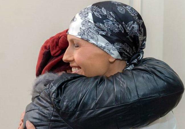 New Photos of Asma al-Assad After cancer treatment