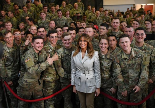 Melania Trump meets military personnel