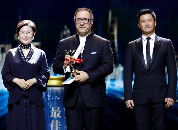 'Castle of Dreams' Sweeps Shanghai Golden Goblet Award Ceremony
