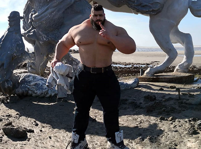 hulk smash 175kg bodybuilder known as the 'Iranian Hulk'