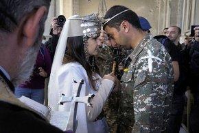 Wedding celebrated amid Nagorno-Karabakh conflict